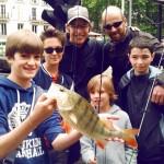 Une école de pêche à Paris