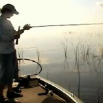 Il casse sa canne à pêche