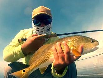 joli redfish en kayak