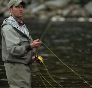 pêcheur à la mouche en Norvège