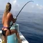 Une fille à la pêche
