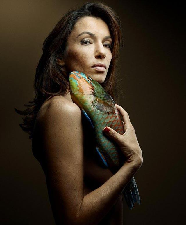 Aure Atika pour la campaghne Fishlove