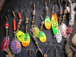 cuillers pour pêcher les truites arcs en ciel