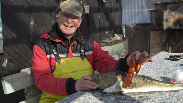 sextoy trouvé dans le ventre dans d'un poisson par un pêcheur norvégien
