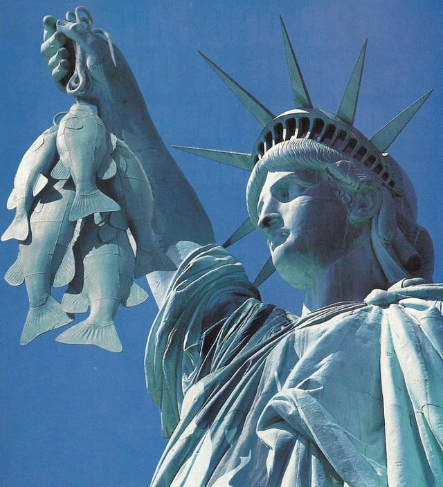 statue of Liberty holding fish